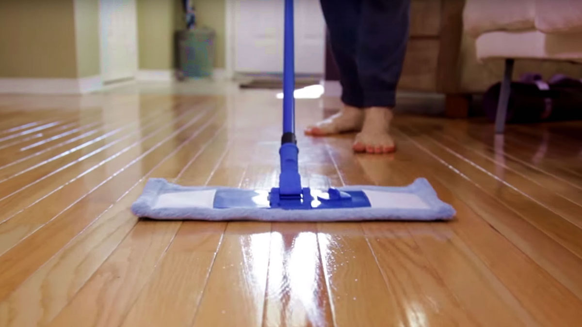 Hardwood Floor Cleaning – Eco Safe Steam Cleaning